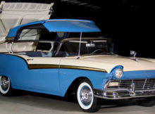 1957 Ford Fairlane 500 Skyliner Retractable in operation
