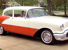 1956 Oldsmobile Eighty-Eight 2 Soor Sedan