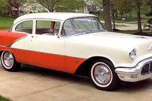 1956 Oldsmobile Eighty-Eight 2 Soor Sedan