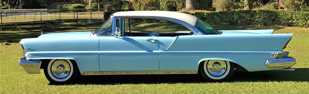 1957 Lincoln Capri Side View