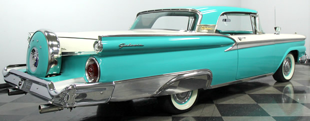 1959 Ford Galaxie Skyliner Converible rear