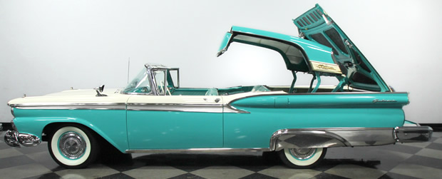 1959 Ford Retractable in operation