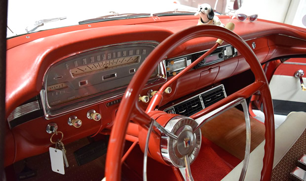1959 Ford Country Sedan dash