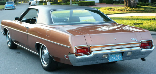 1970 Ford Galaxie 500 rear