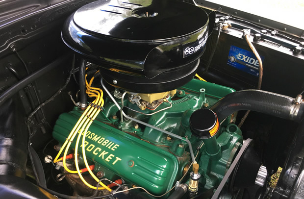 1953 Oldsmobile Rocket 303V8 engine