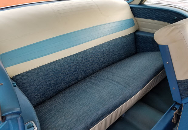 1958 Oldsmobile Dynamic 88 Interior