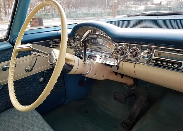 1958 Oldsmobile Eighty-Eight Dash