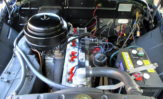 Chrysler Spitfire Engine on 1950 Chrysler Straight 8 Engine