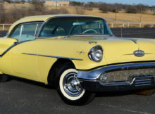 1957 Oldsmobile Starfire 98 Holiday Coupe