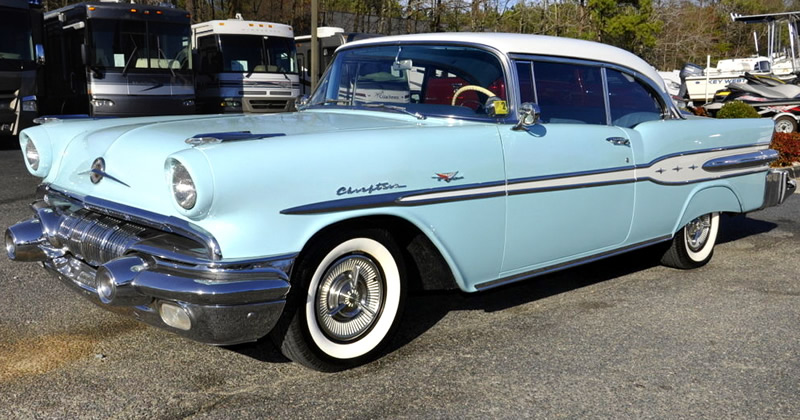 1957 Pontiac Chieftain