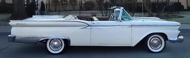 1959 Ford Galaxie Skyliner top down