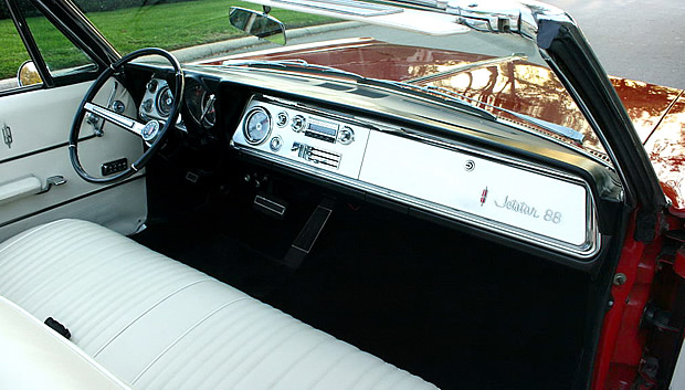 1965 Oldsmobile Jetstar 88 Convertible Interior