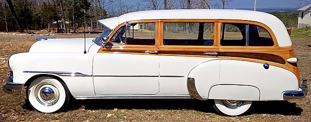 1951 Chevrolet Deluxe Station Wagon side view