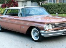 1960 Pontiac Bonneville Vista Hardtop