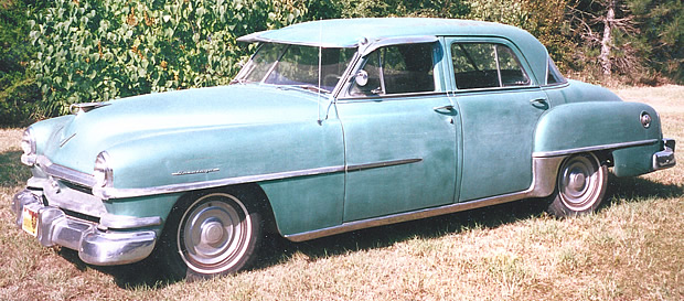 1952 Chrysler Saratoga sedan
