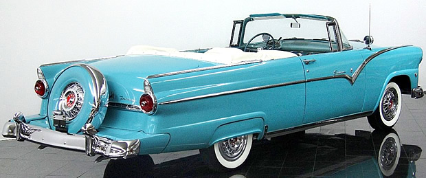 1955 Ford Fairlane Sunliner Convertible - rear