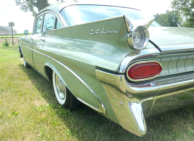 1959 Pontiac Catalina Rear