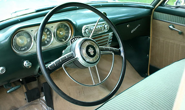1953 Clipper Deluxe Dash