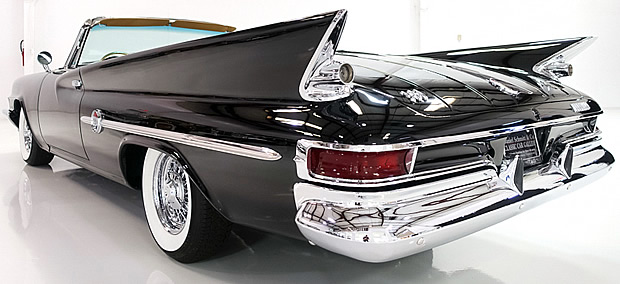 1961 Chrysler 300G - rear view showing fins