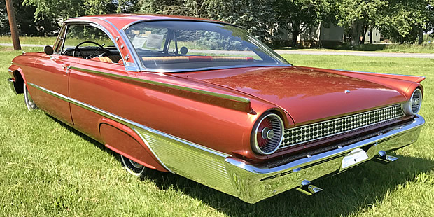 1961 Ford Starliner - rear