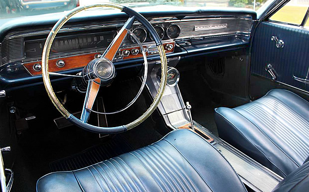 Pontiac Gp Interior on Pontiac Grand Prix Interior