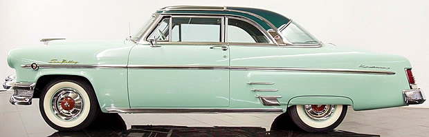 1954 Mercury Sun Valley - side view