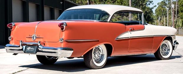 1955 Oldsmobile 98 Holiday Hardtop