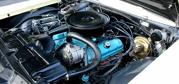 1965 Pontiac 389 V8