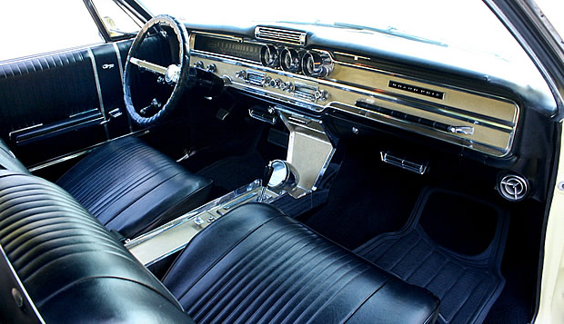1965 Pontiac Grand Prix Interior