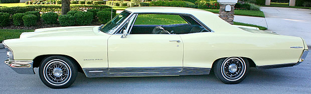 1965 Pontiac Grand Prix Side