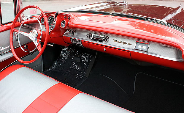 1957 Chevrolet Bel Air Convertible interior / Dash