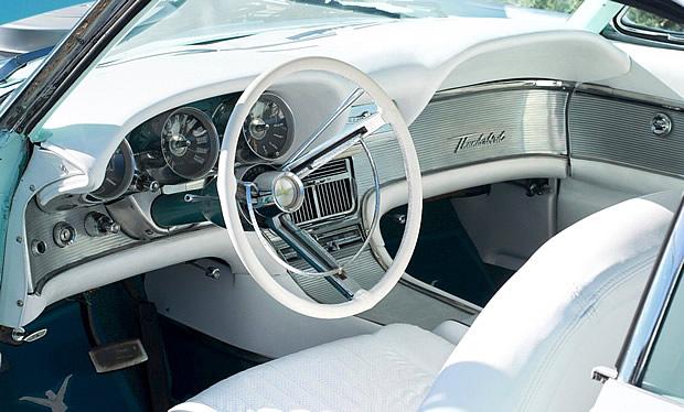 1961 Ford Thunderbird 2 Door Hardtop In Starlight Blue