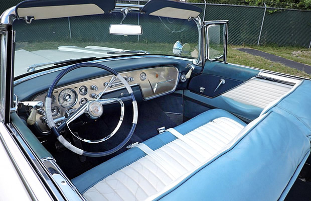 1955 Packard Caribbean Convertible Interior / Dash