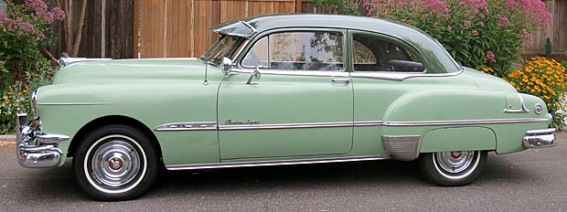 1951 Pontiac Chieftain Eight Sedan