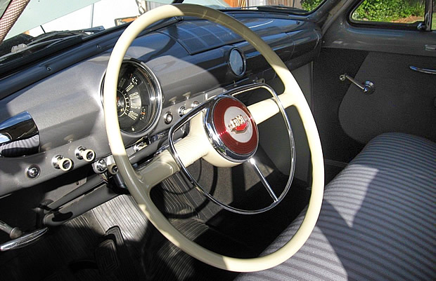 1950 Ford Custom Deluxe Interior