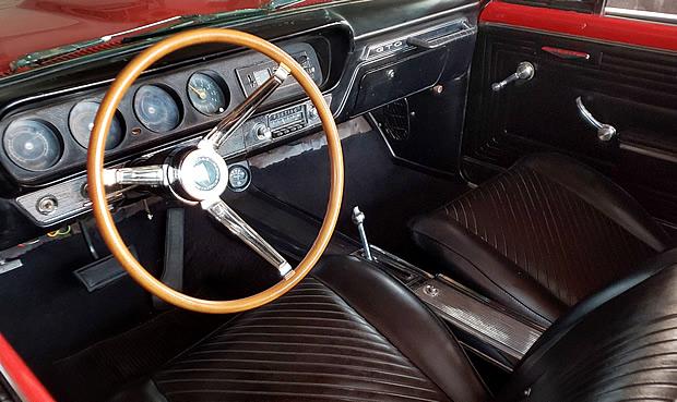 1965 GTO interior