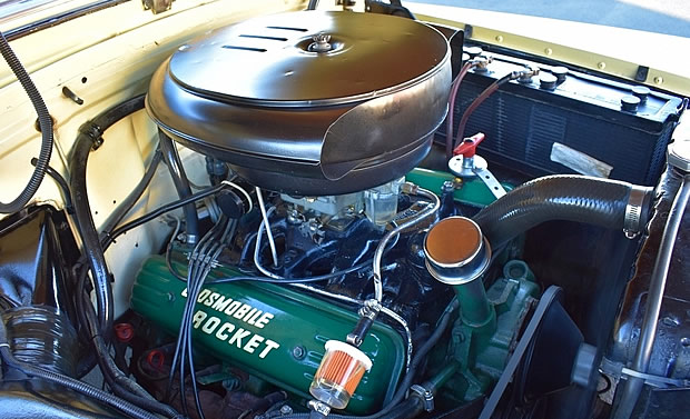 1953 Oldsmobile Rocket 303 V8 engine
