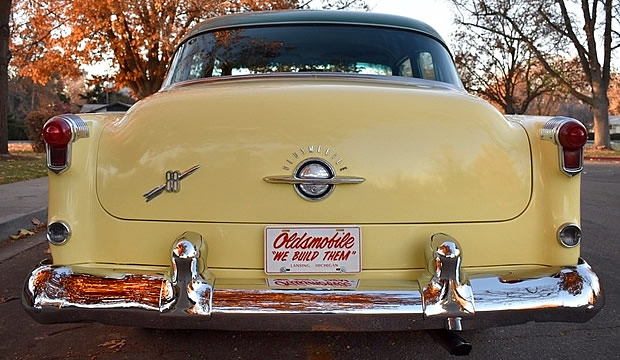 1953 Oldsmobile Super Eighty-Eight - Rear