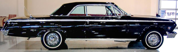 1962 Chevrolet Impala SS - Side View