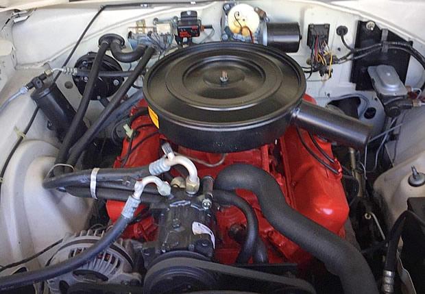 1967 Dodge 318 V8
