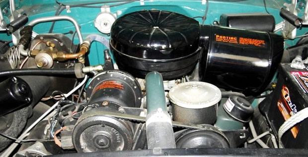 1955 Pontiac Strato-Streak engine