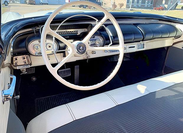 1957 Mercury Monterey - Interior / Dash