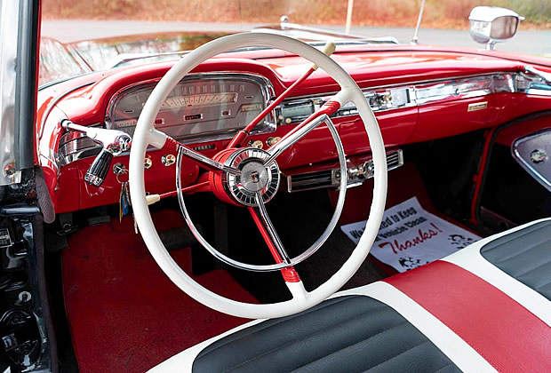 1959 Ford Galaxie Sunliner Dash