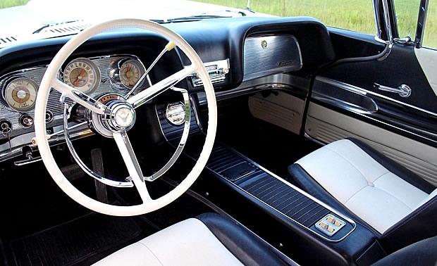 1960 Ford Thunderbird Interior