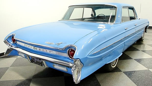 1961 Oldsmobile Dynamic 88 Rear