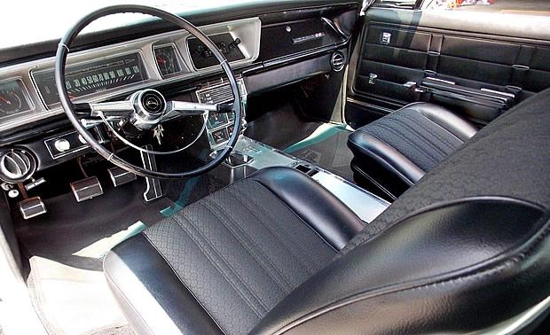 1966 Chevrolet Impala SS Interior