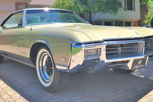1969 Buick Riviera Custom Sport Coupe