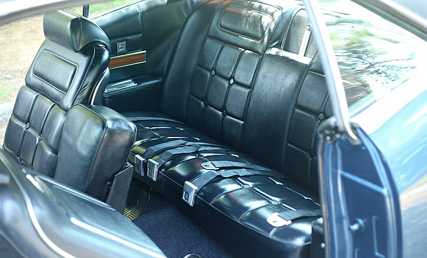 1969 Buick Riviera Rear seats