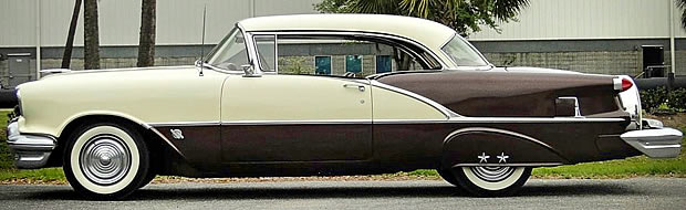 1956 Oldsmobile Super 88 2-dr Holiday - side view