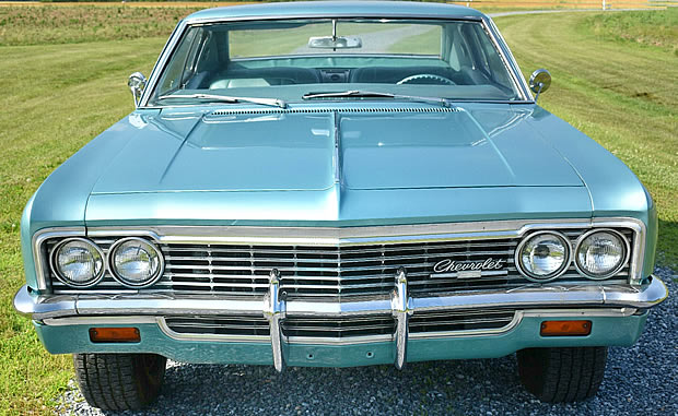 1966 Chevrolet Caprice - front view